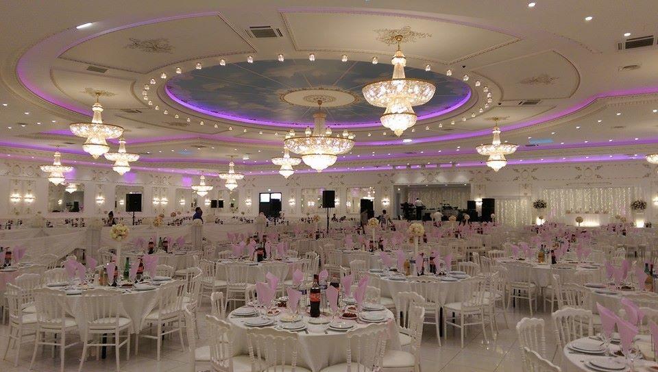 Salon de venise la plus grande salle de mariage paris - Salon de la decoration paris ...